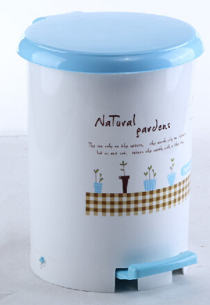 5L New Product of Small Size Pedal Plastic Waste Bin