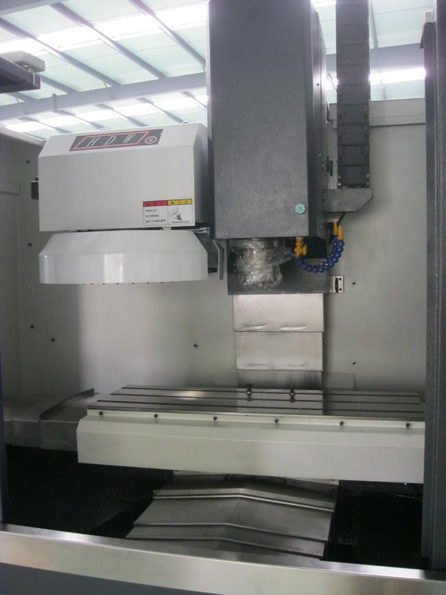 Vmc Machine Price 4 Axis CNC Milling Machine Vmc7032