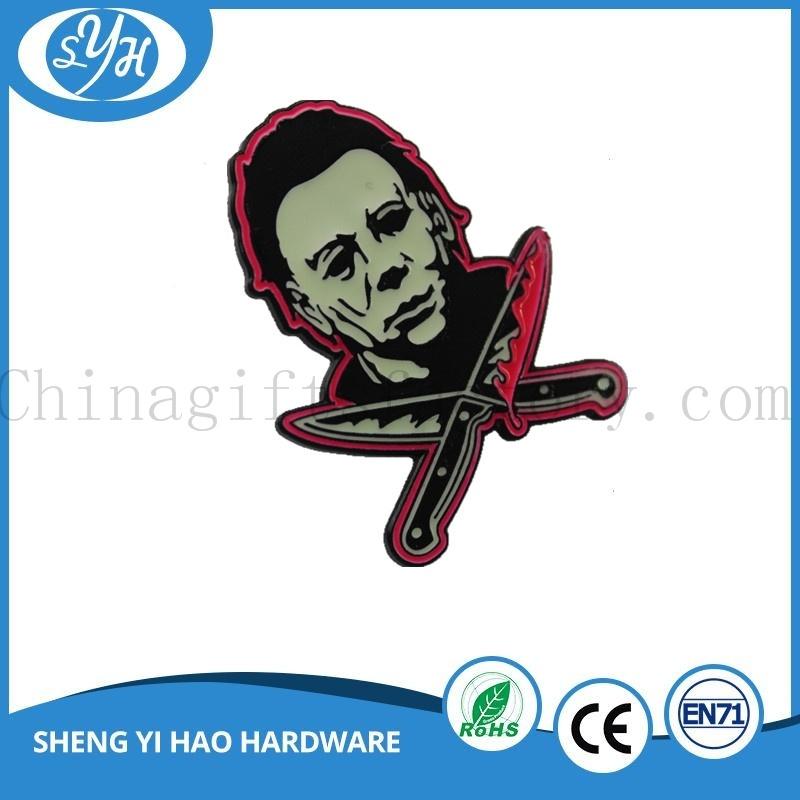 2017 New Design Custom Logo Metal Souvenir Badge