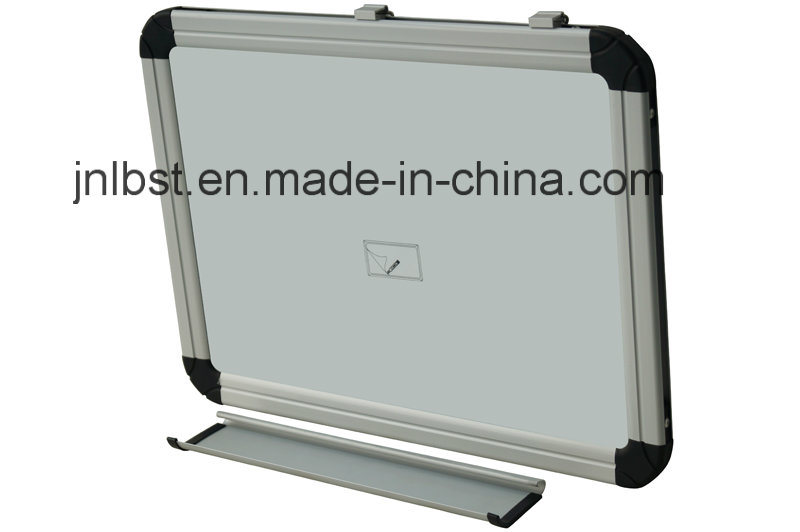 Magnetic Whiteboard with Aluminum Pen Tray