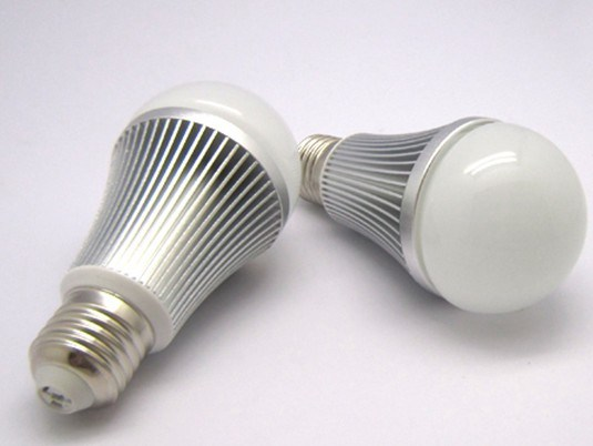 LED Bulb\Light\Lamp\Lighting 7W LED COB Light New Product High Quality