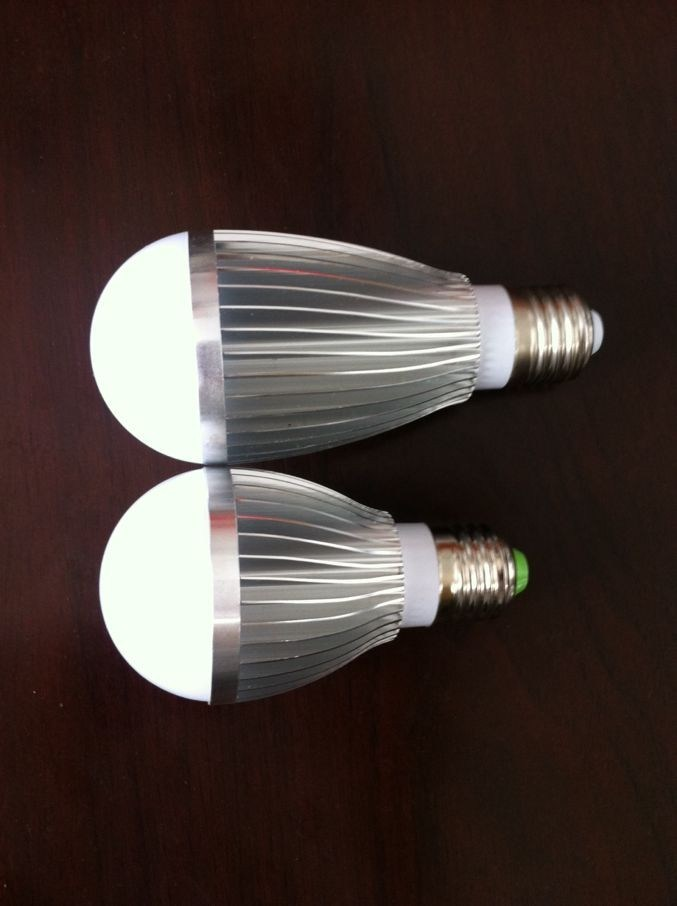 5W LED Bulb Light E27 (HT8006)
