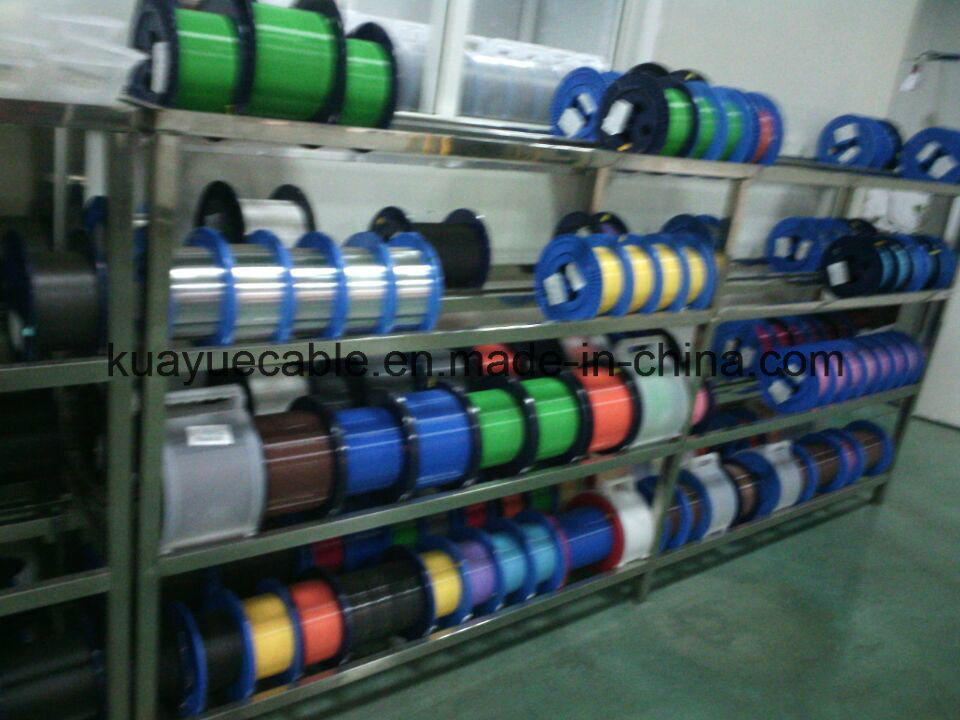 Optical Fiber Cable FTTH Dorp Wire/Computer Cable/ Data Cable/ Communication Cable/ Connector/ Audio Cable