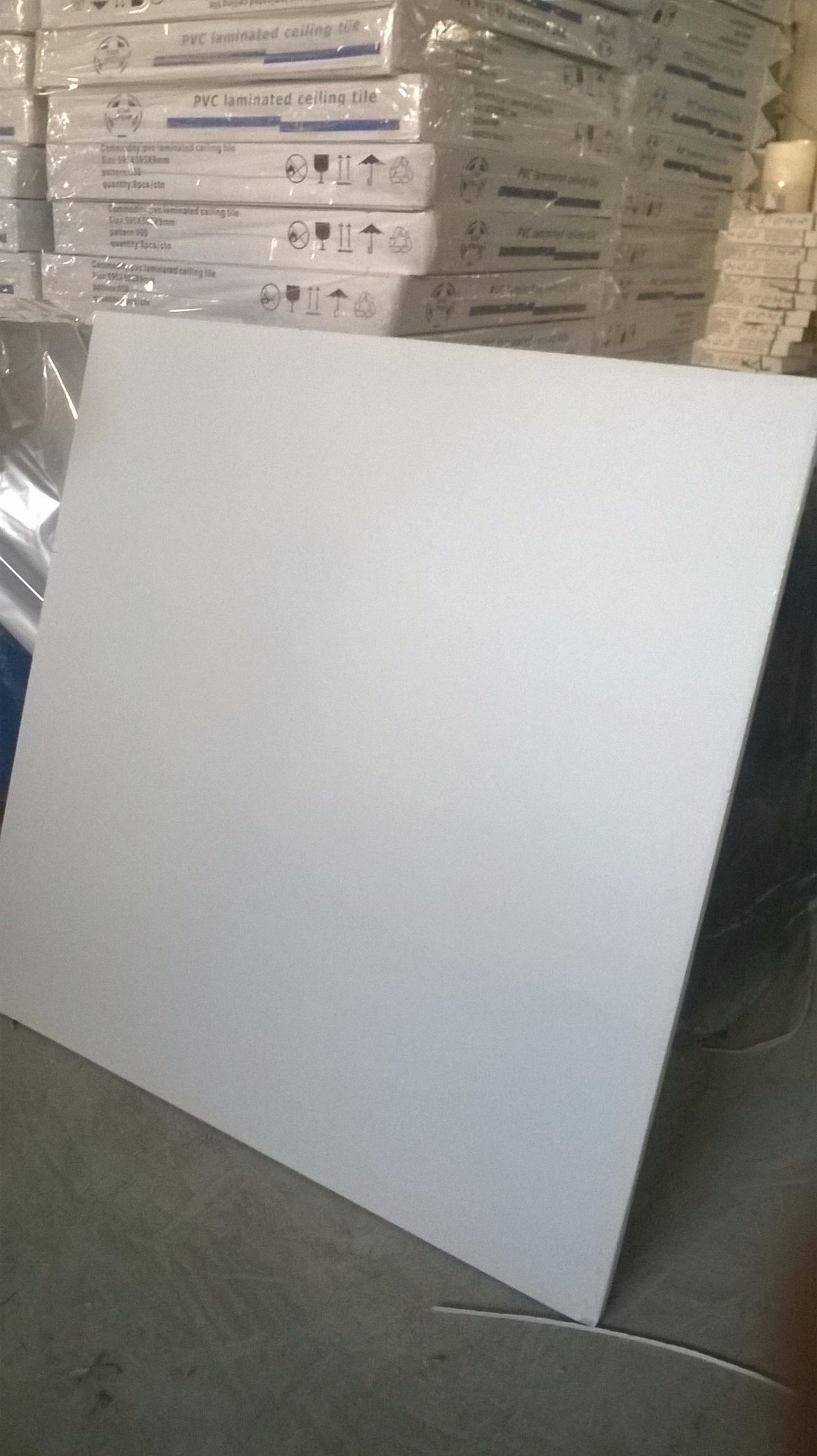 PVC Gypsum Ceiling Tile with PVC and Aluminum