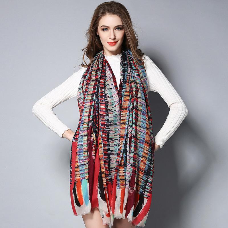 Wool Geometric Patterns Digital Printing Scarf for Lady