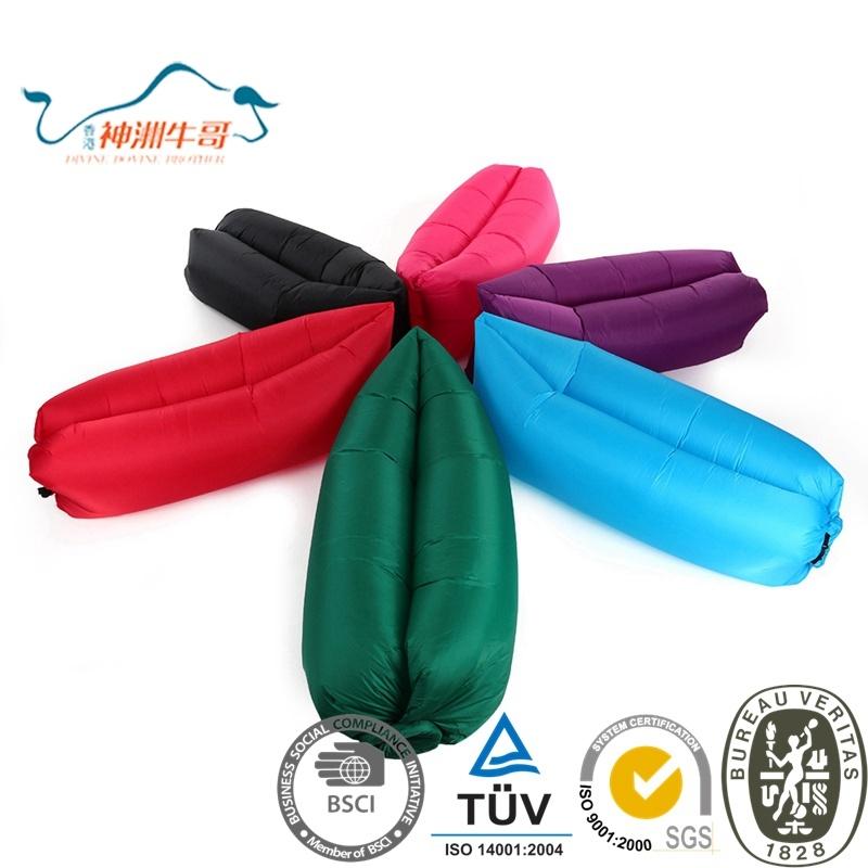 2017 New Design Convenient Inflatable Lazy Beach Sleeping Bag