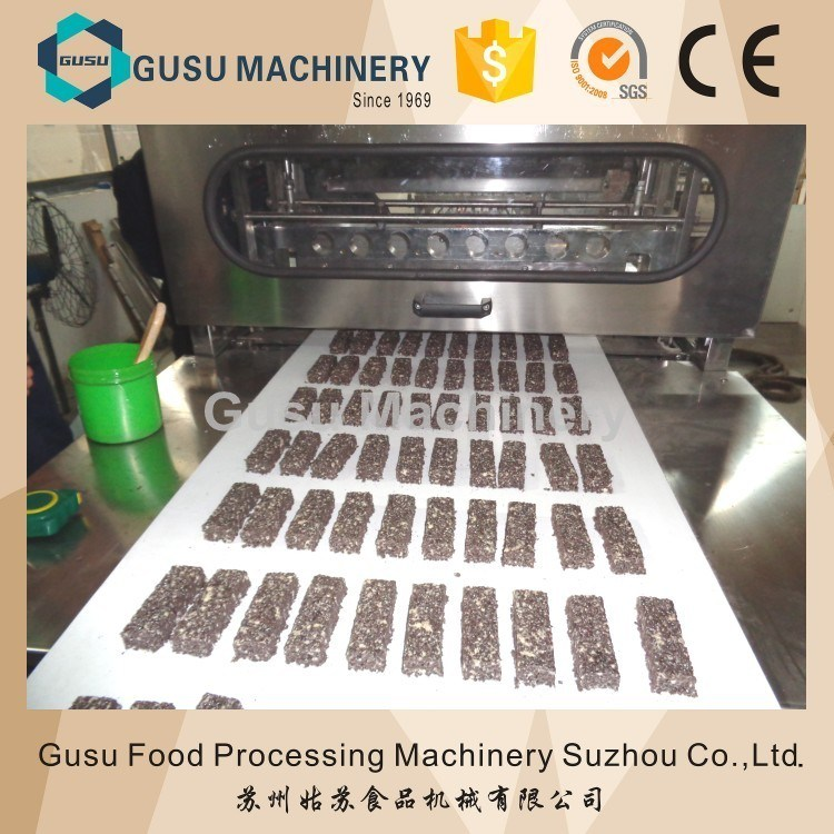 Gusu Snickers Candy Bar Forming Cutting Line
