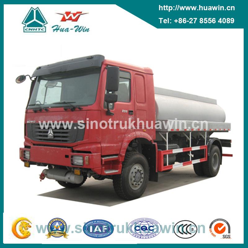 Sinotruk HOWO 4X4 All Drive Refuelling Truck 266HP
