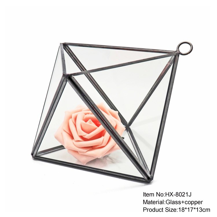 Handmade Tabletop Glass Terrarium Vase Manufacturer