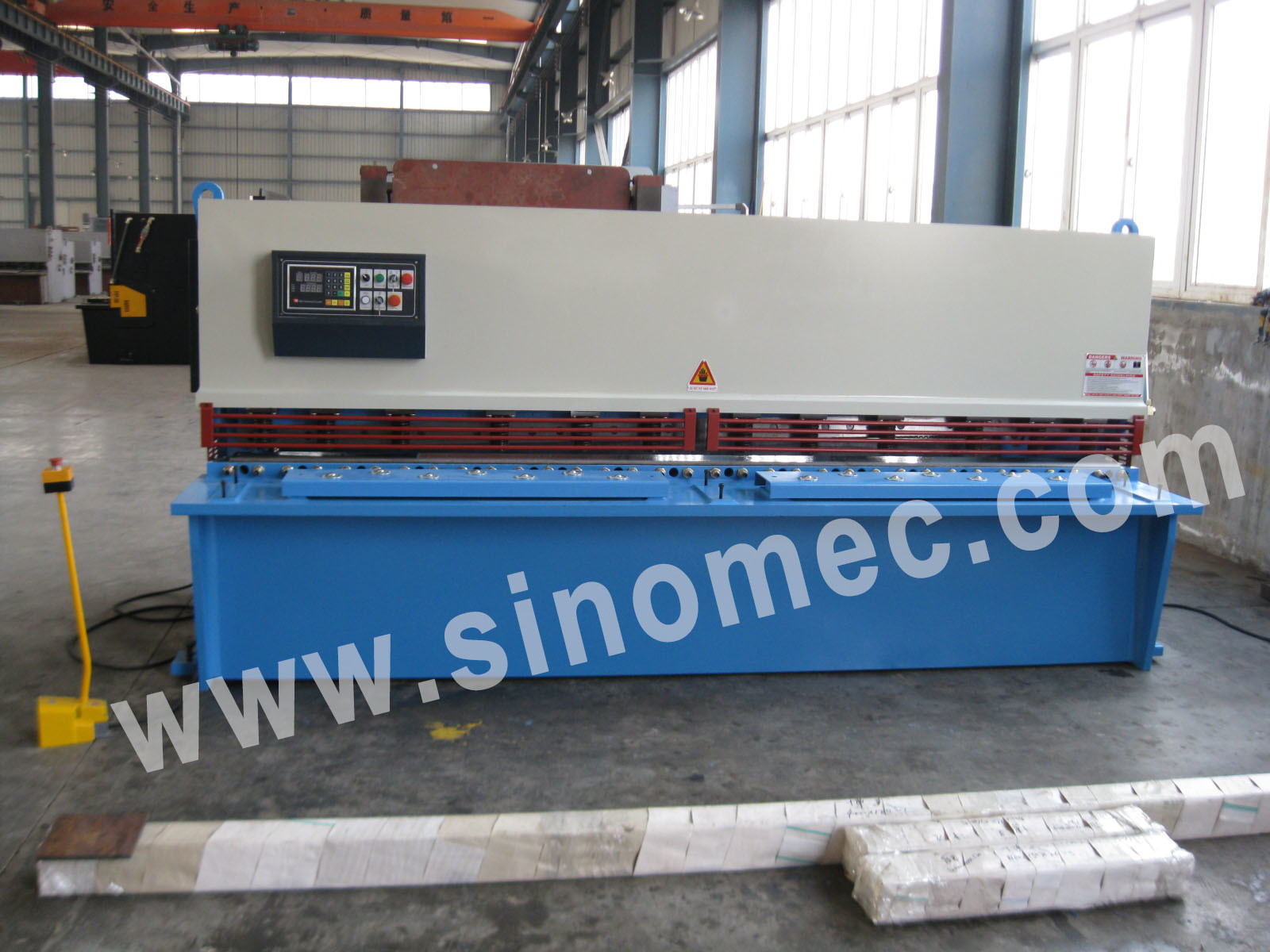 Guillotine Shear / Cutting Machine / Hydraulic Shear Machine (QC12K-10X3200)