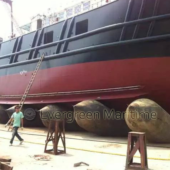 Rubber Ship Launching Marine Airbag, Marine Air Balloon, Inflatable Rollers Bag for Vessel Haul out and Pull to Shore, Salvage & Heavy Lifting