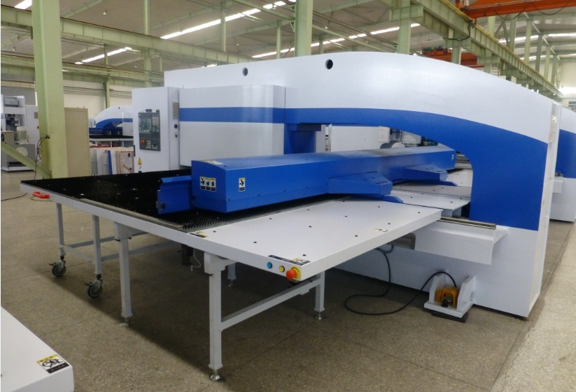 Hph Series CNC Turret Punch Machine (HPH -3044)