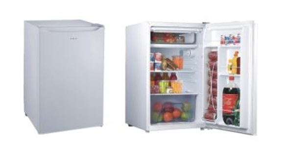frost free upright freezer vs manual defrost
