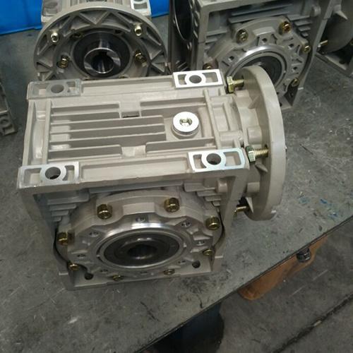 Aluminium RV Gearbox Reducer RV150 Ratio 30 Germany Design Manuefactory