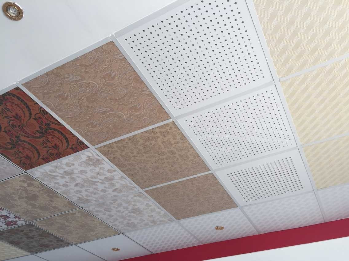 Gypsum tiles ceiling