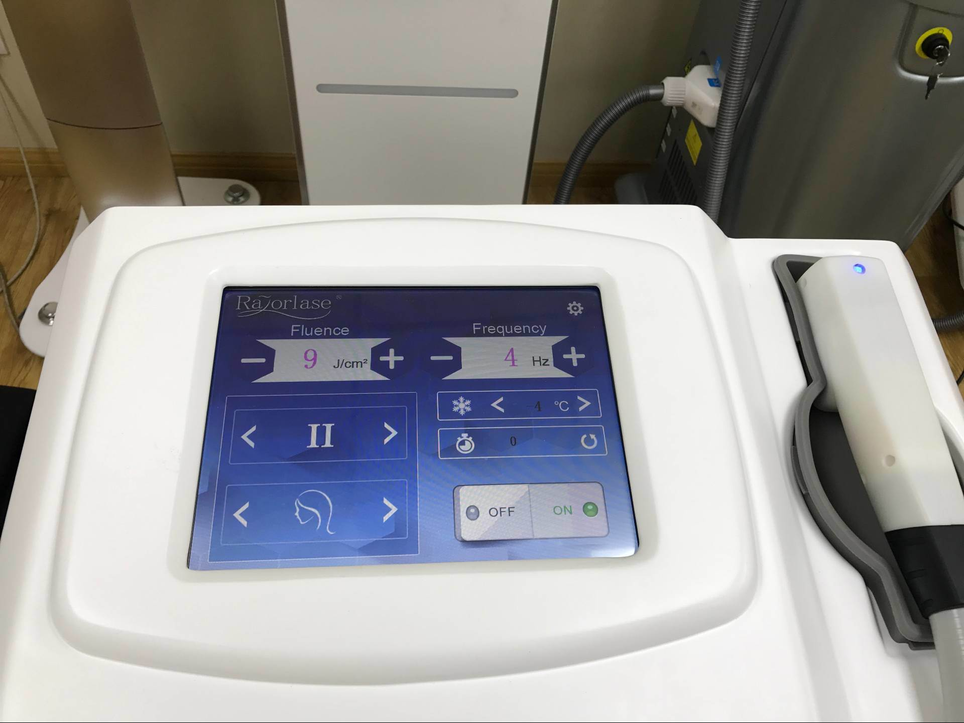 Portable Laser Beauty Equipment 810nm Fiber Coupled Laser Diode/Alma Laser Hair Removal Machine