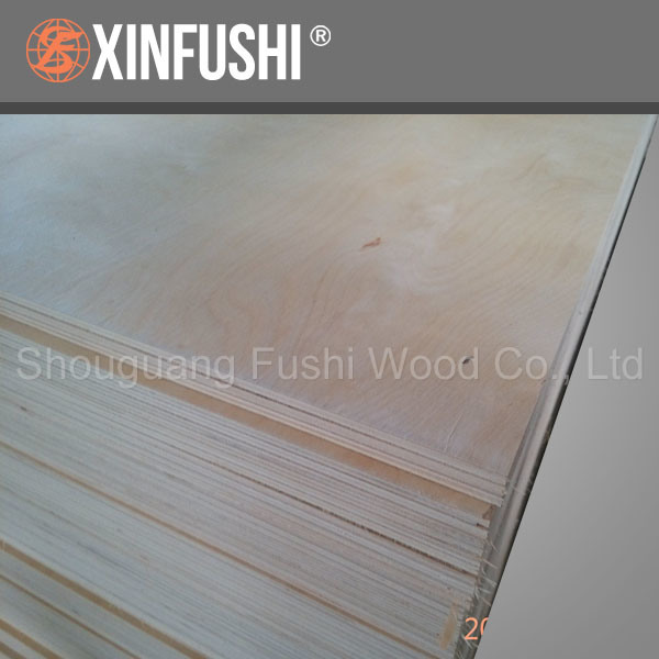 Furniture Grade European Pine Commercial Plywood with Poplar Core