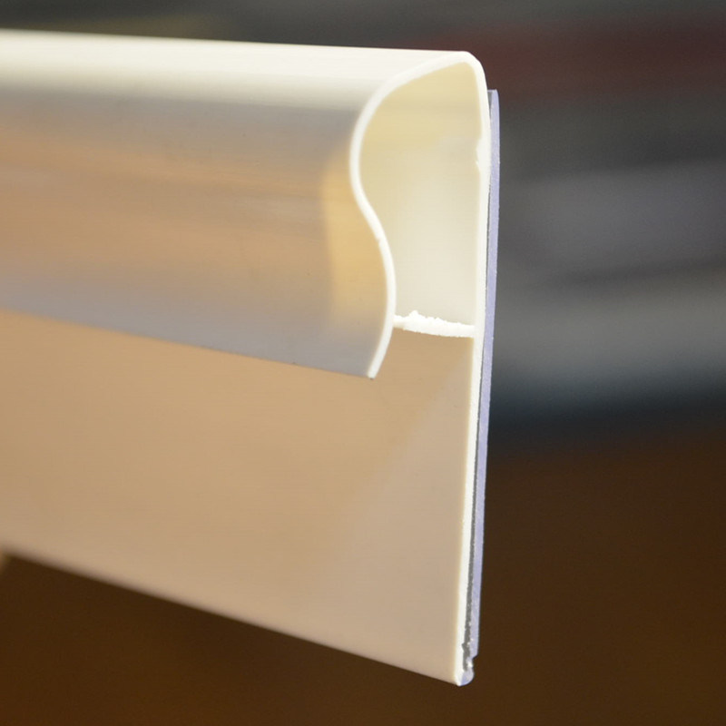 White Plastic Clip Strip Ds-1015