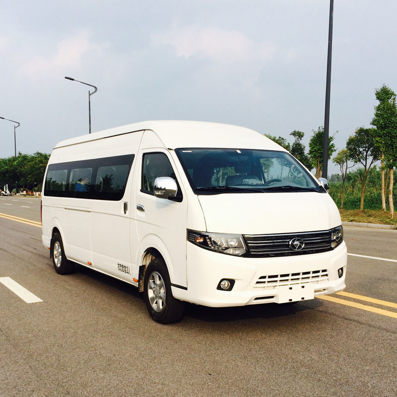 5.4m Desiel Commercial Van with 15 Seats