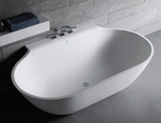Goes Well with Classic and Modern Decor Bathtub