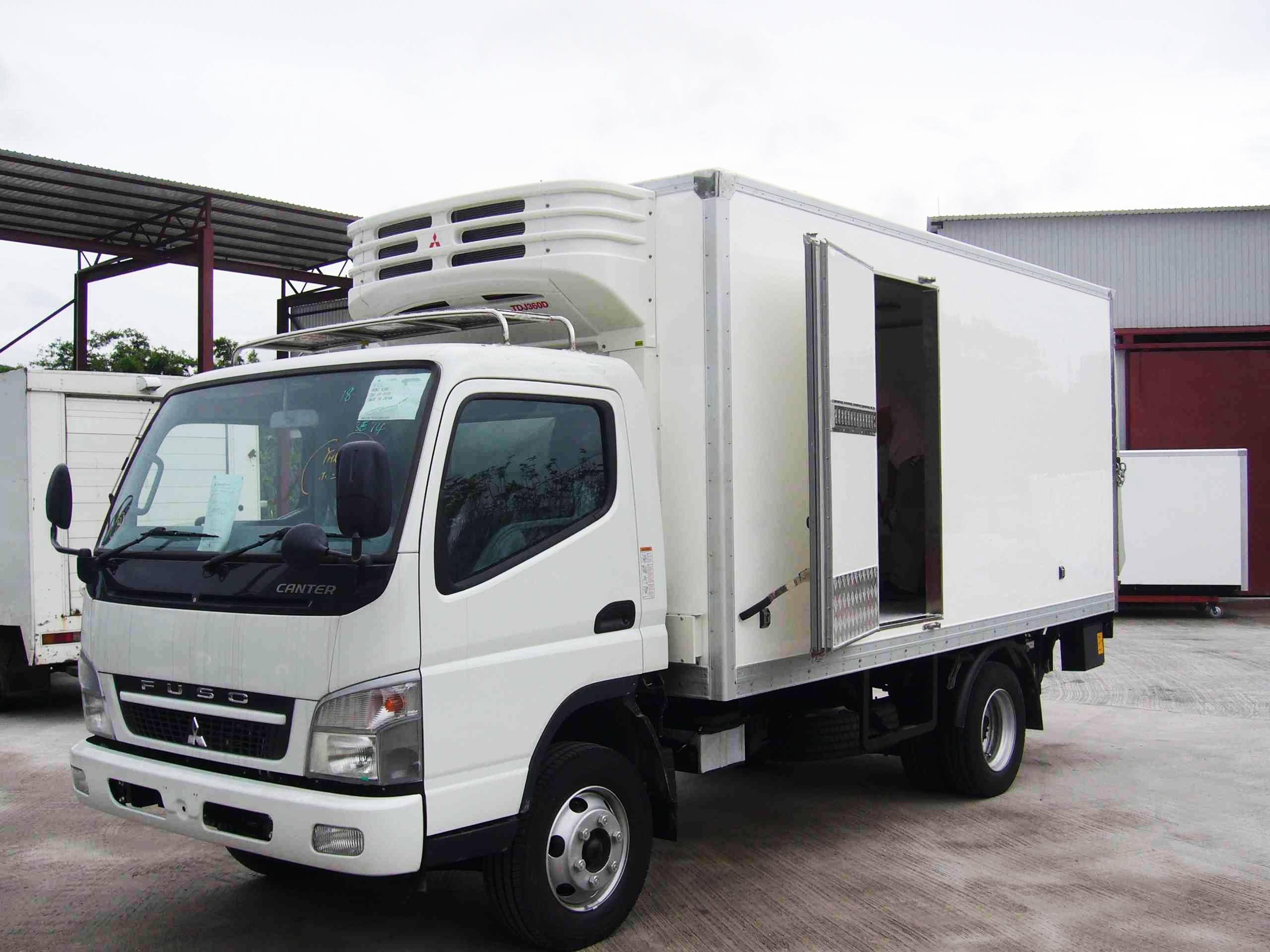 Refrigerated Truck Vehicle : China refrigerated truck body refrigeration