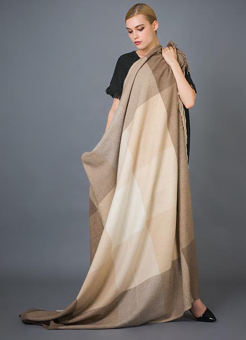 100% Alashan Cashmere Blanket, Soft/Luxurious Plaid Fashion Cashmere Blanket