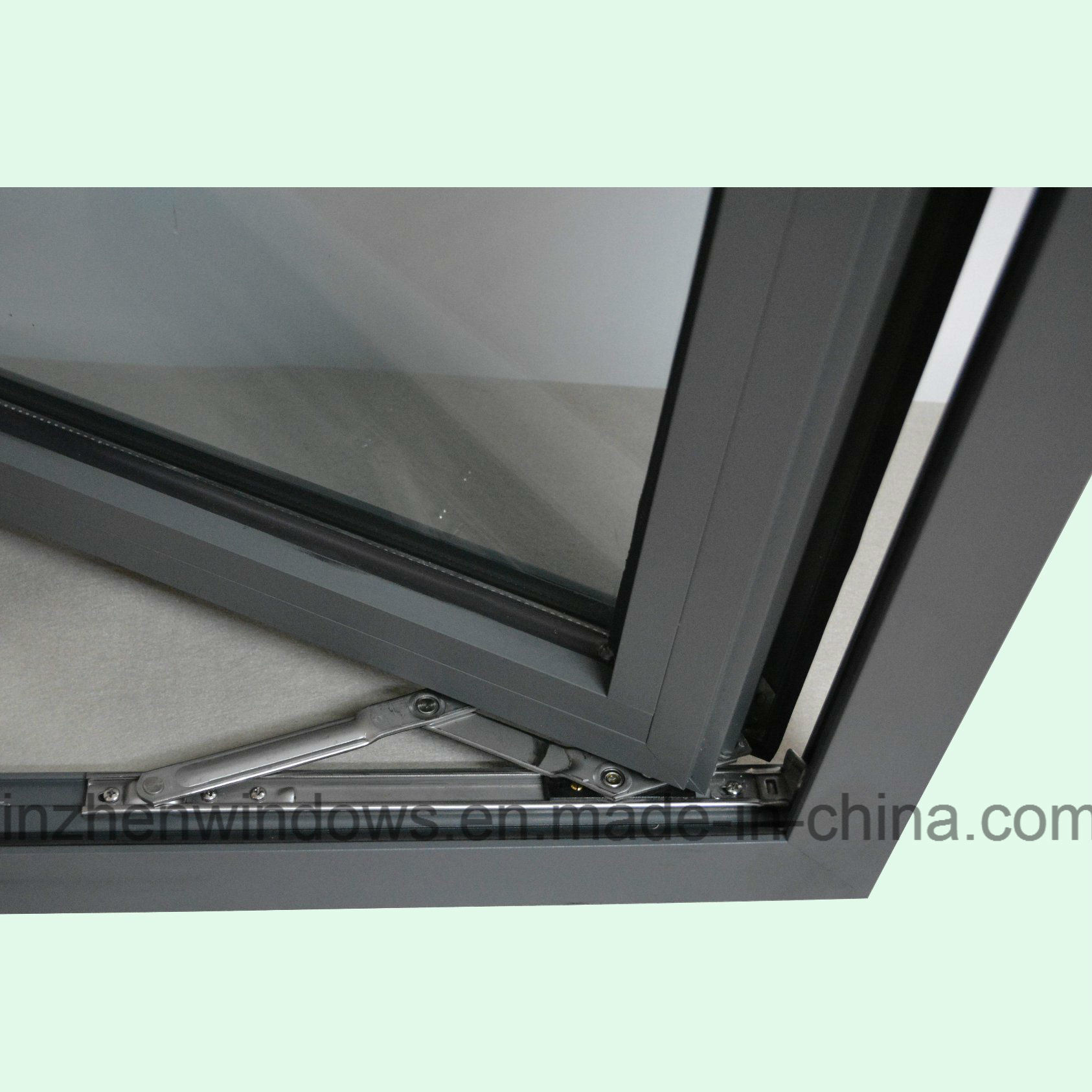 High Quality Thermal Break Aluminum Profile Casement Window with Multi Lock K03064