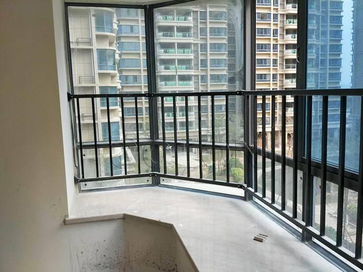 Residential Iron Balcony Railing