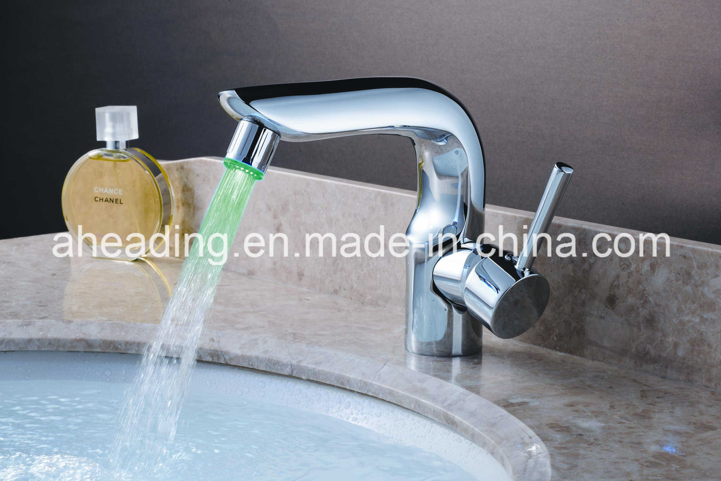LED Light Basin Faucet (SW-A107)