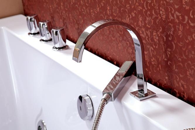 Rectangle Indoor Massage Whirlpool Bathtub (TLP-658)