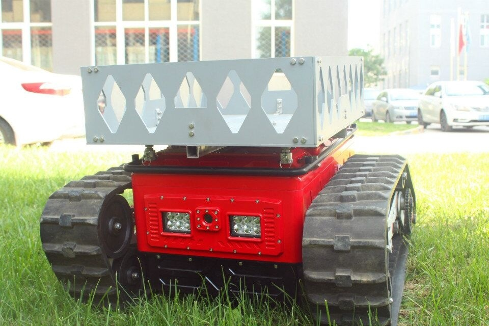 Fire Row Smoke Extractor Transportation Assistance Robot