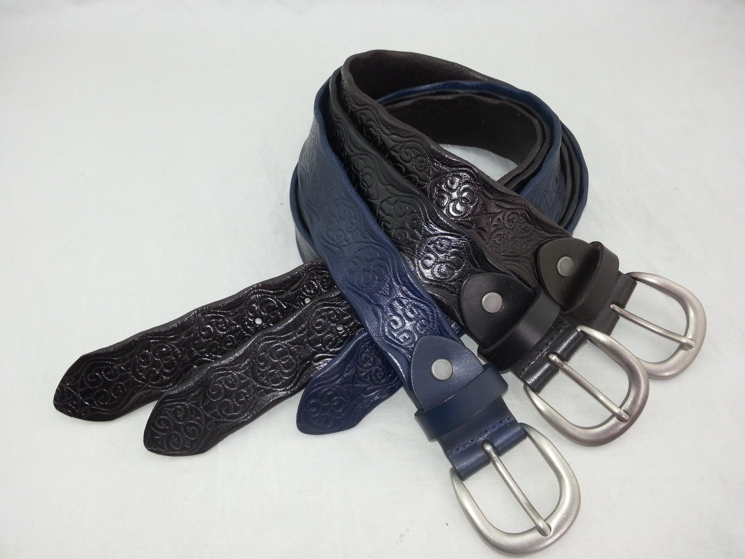 Fashion Man and Woman Cowhide Genuine Leather Belt (RS-DL4857)