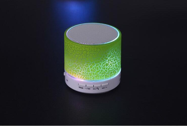 Cheap Portable Wireless Mini Bluetooth PA Speaker with TF Card