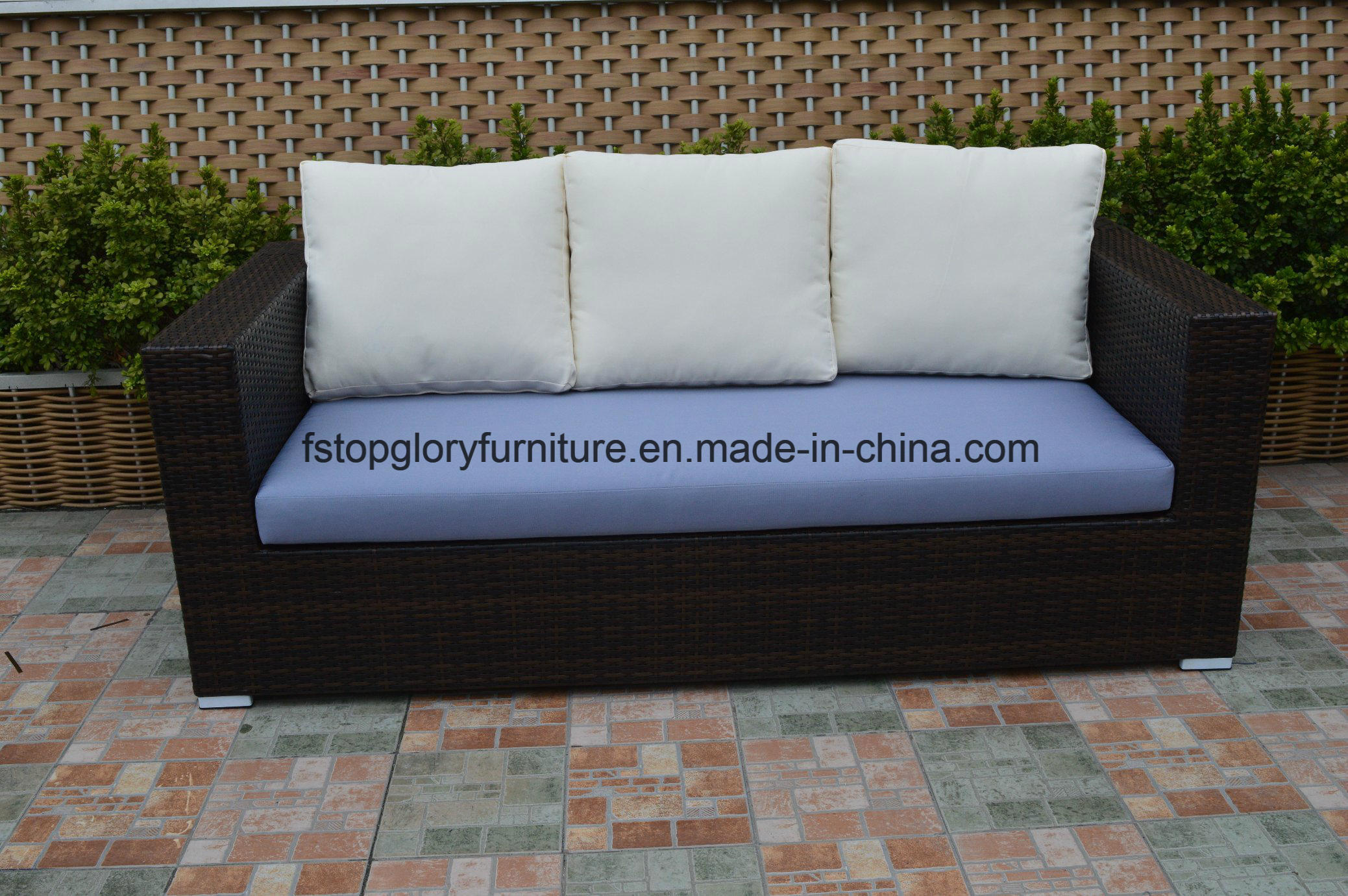 Modern Garden Furniture Wicker/Rattan Sofa (TG-7001)