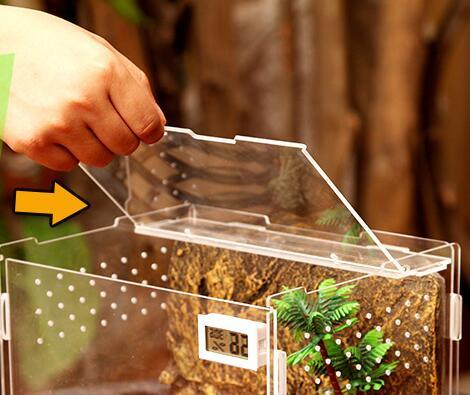 Acrylic Reptile Box Pet House Comes with Temperature Indicator and Magnetic Door