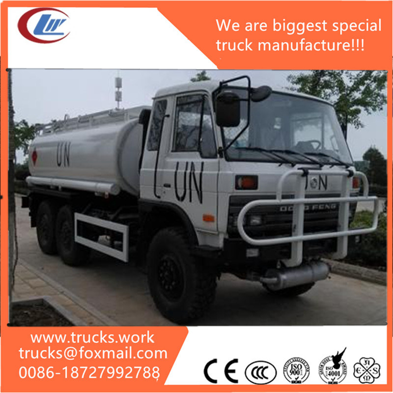 Un 4X4 4WD 6wheels Sanitation Water Tank Sprinkler Truck