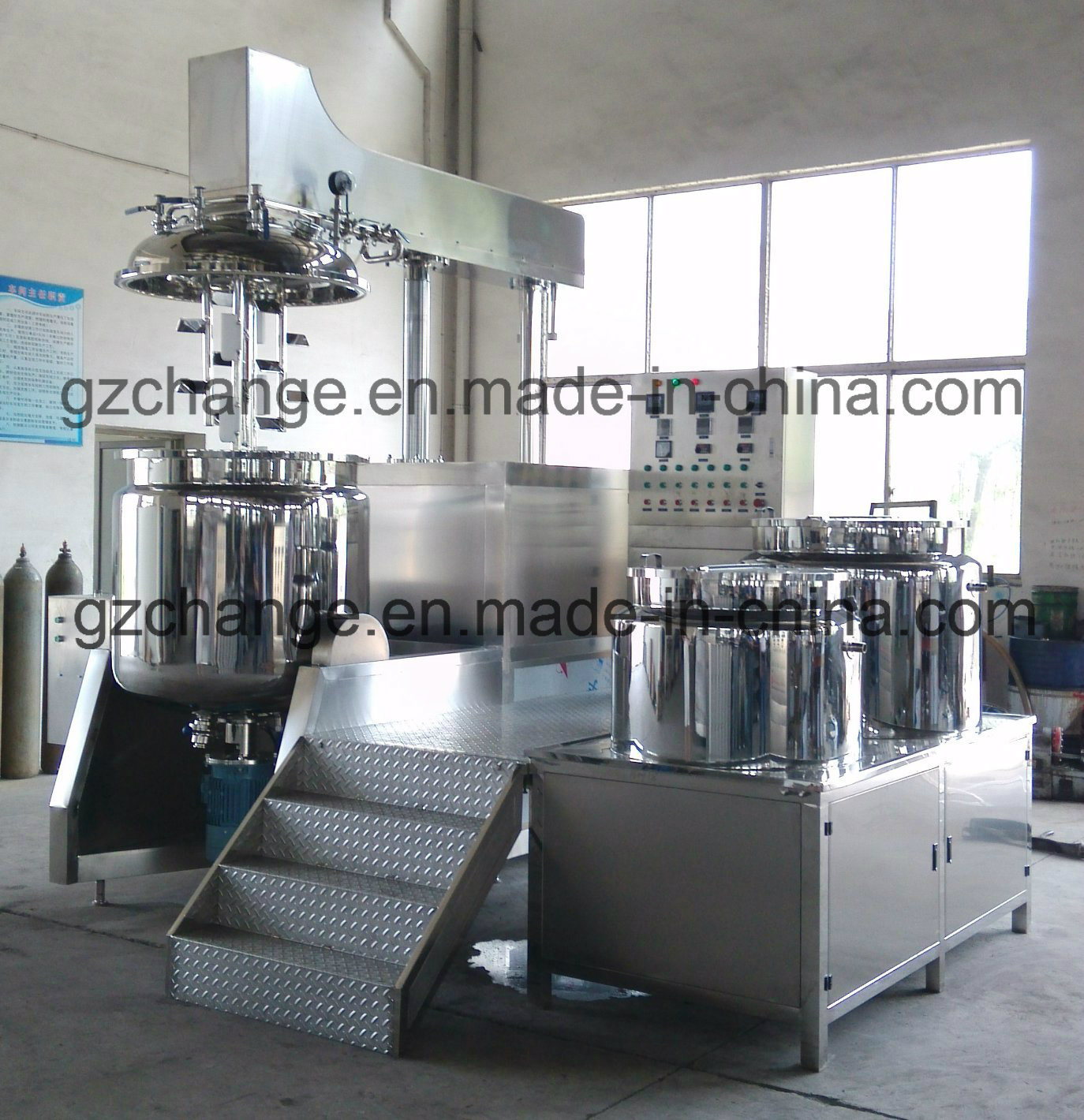 Vacuum Emulsifying Homogenizing Machine