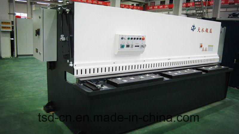 Hydraulic Shear/Cutting/Guillotine Machine (QC12Y-16X3200)