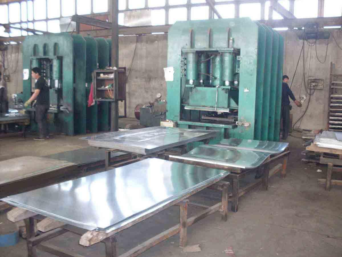 Steel Door Hydraulic Press / Four Column Hydraulic Machine