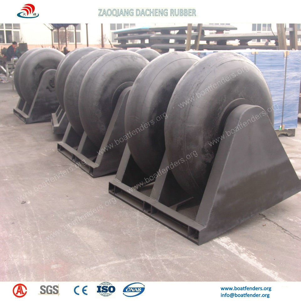 Economic and Durable Rubber Boat Fenders on Dock