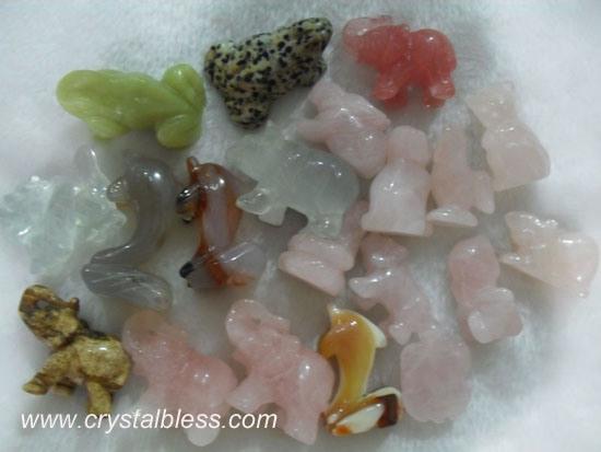 China small mixed gemstone animals carvings