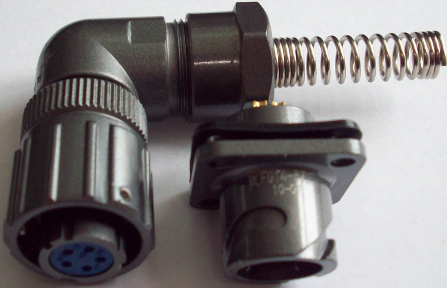 IP67 Water Proof Right Angle Plug
