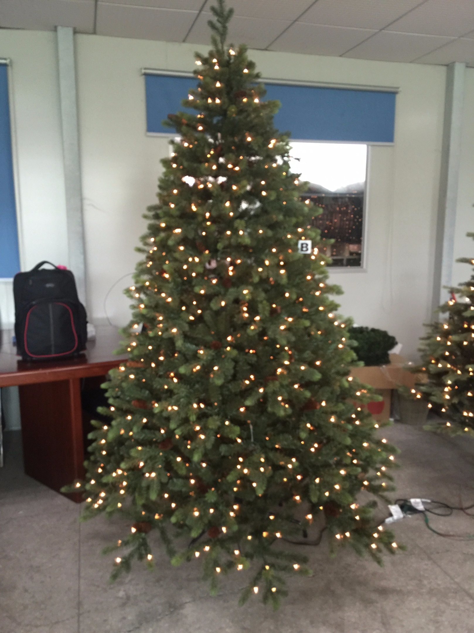 PE Pve Christmas Tree with LED Light (various size available)