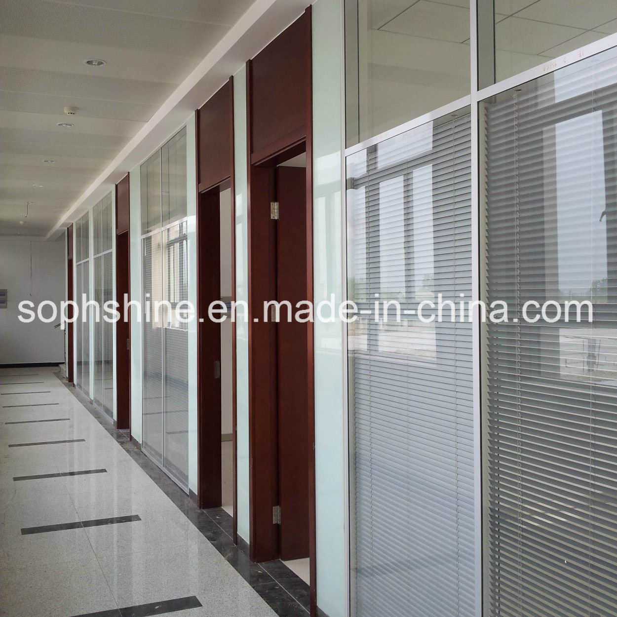 Motorized Aluminium Venetian Blinds Built in Double Hollow Tempered Glass