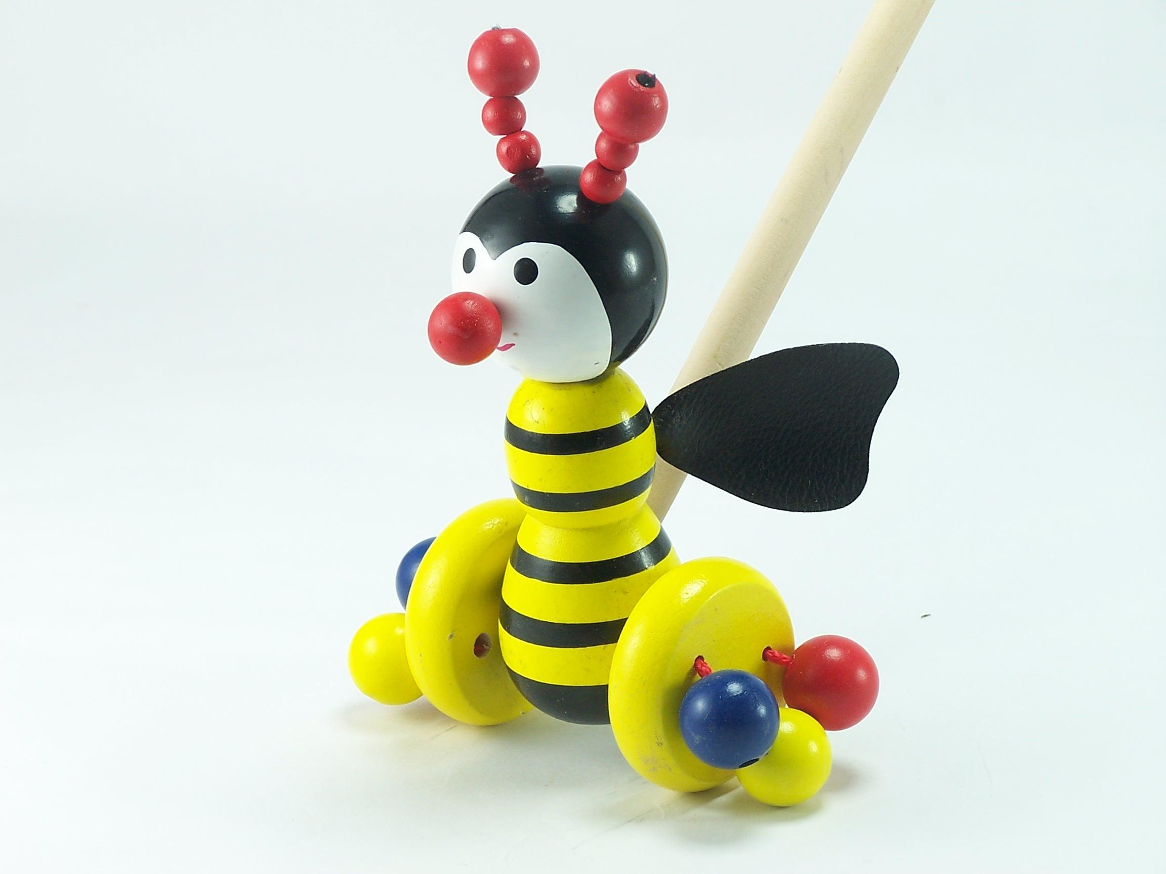 Toys Bee 17