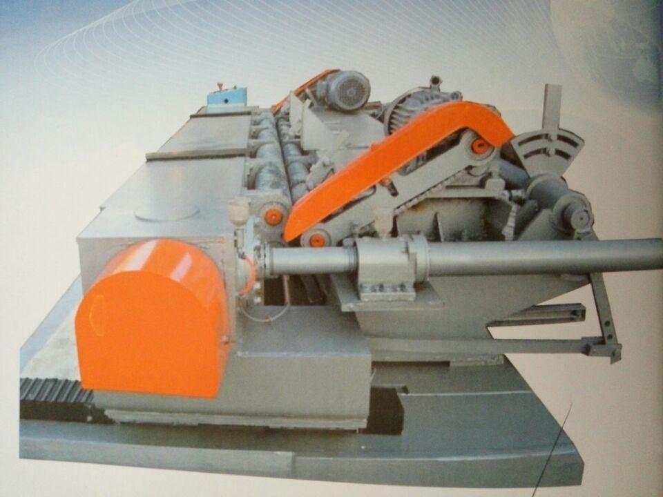 2.6 Meter Numerical Face Veneer Peeler Machine One Roller Motor Power 7.5kw