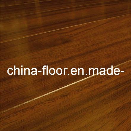 China 7mm Best Moisture Resistant Laminate Flooring For