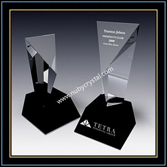 9 Inch Tall Crystal Excel Tower Award Trophy with Black Crystal Base (NU-CW770)