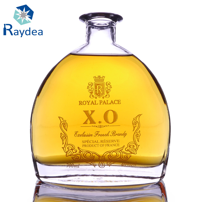 700ml Flint Xo Glass Bottle with Decoration