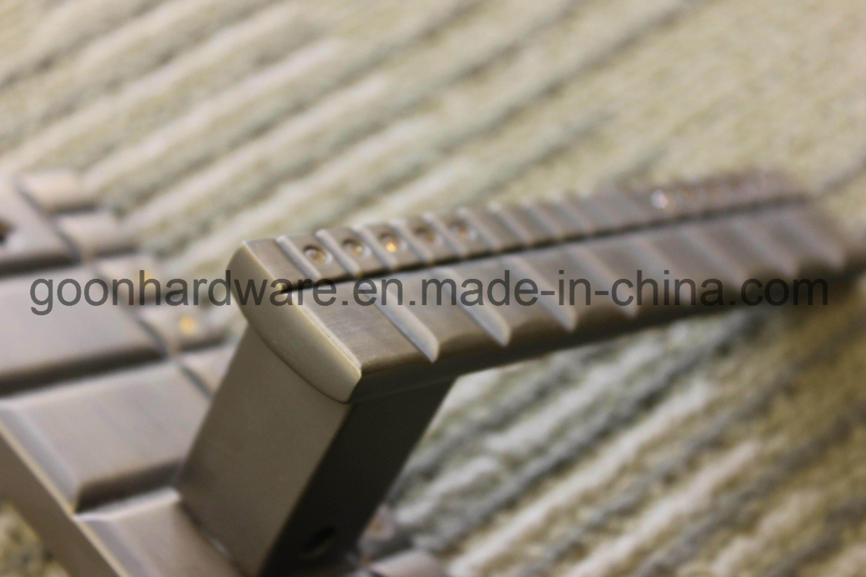Zinc Door Handle - 670-350